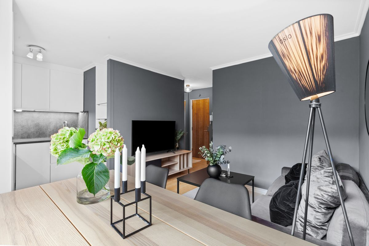 Thunes vei 4 B Kjøkkenet har en åpen løsning mot stuen som er perfekt for sosiale sammenkomster.