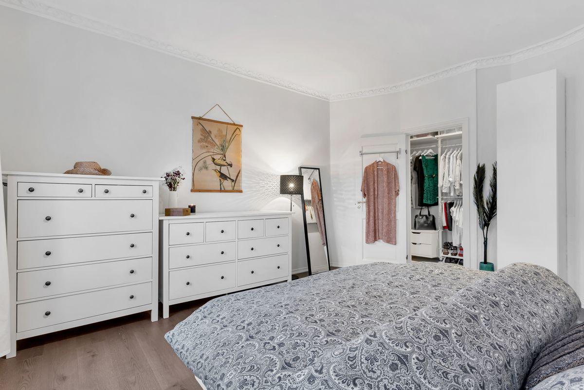 Østerdalsgata 6B Planløsningen er godt tilrettelagt for å kunne etablere en 3-roms planløsning med å gjøre om soverommet til to soverom.
