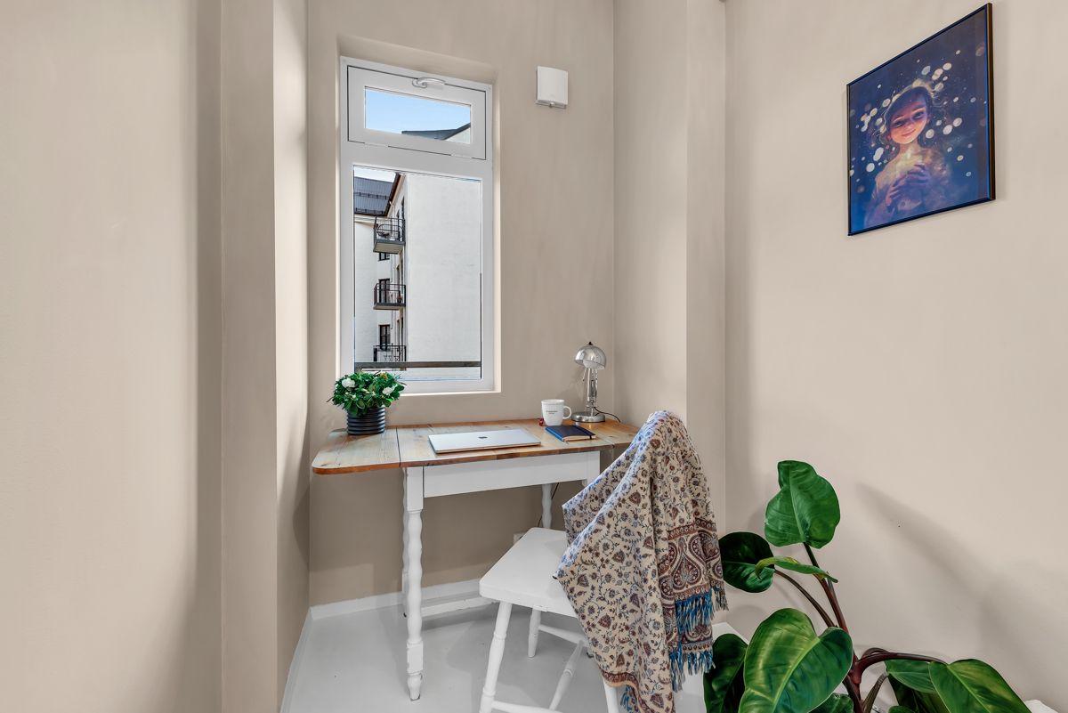 Sverres gate 5 Med to soverom egner det ene seg ypperlig for gjesteværelse, barnerom eller hjemmekontor.