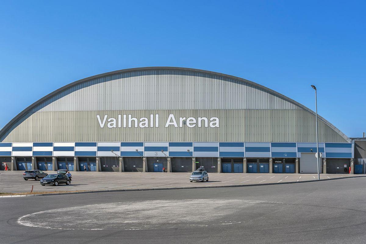 Karl Staaffs vei 51 Vallhall Arena er Oslos største innendørs arena, sentralt beliggende på Helsfyr i Oslo.