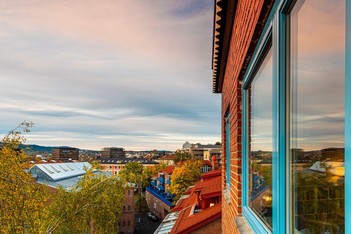 Brinken 16D Balkong 1: Fantastisk utsikt over byen!