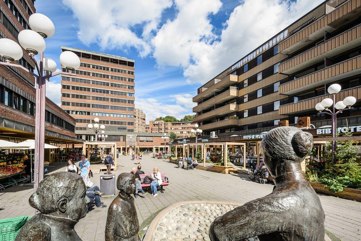 Brinken 16D Tøyen torg har fått et stort løft de siste årene med mange trendy serveringssteder og andre servicetilbud.