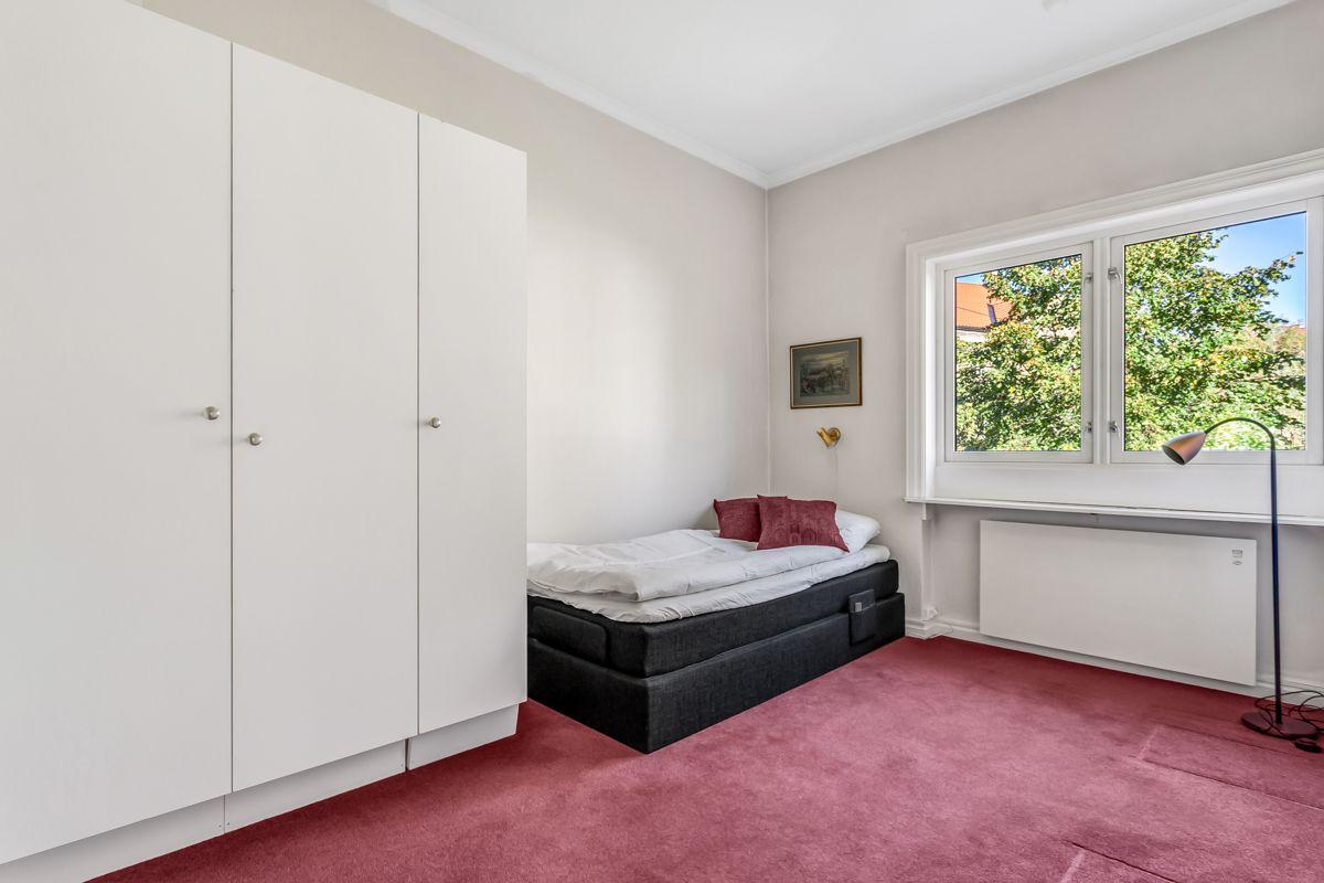 Pavels' gate 8 Soverom 2: Dette soverommet har også romslig størrelse.