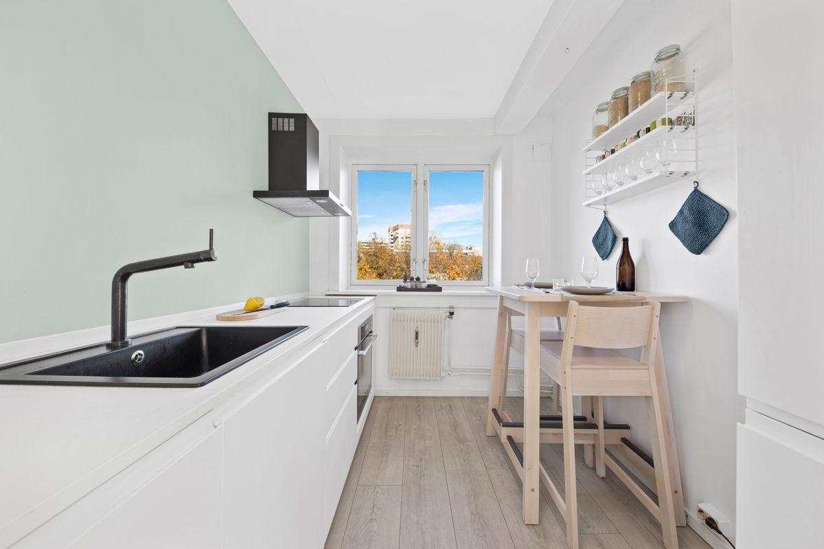 Hans Barliens gate 1F Pent og moderne separat kjøkken med IKEA kjøkkeninnredning fra 2018