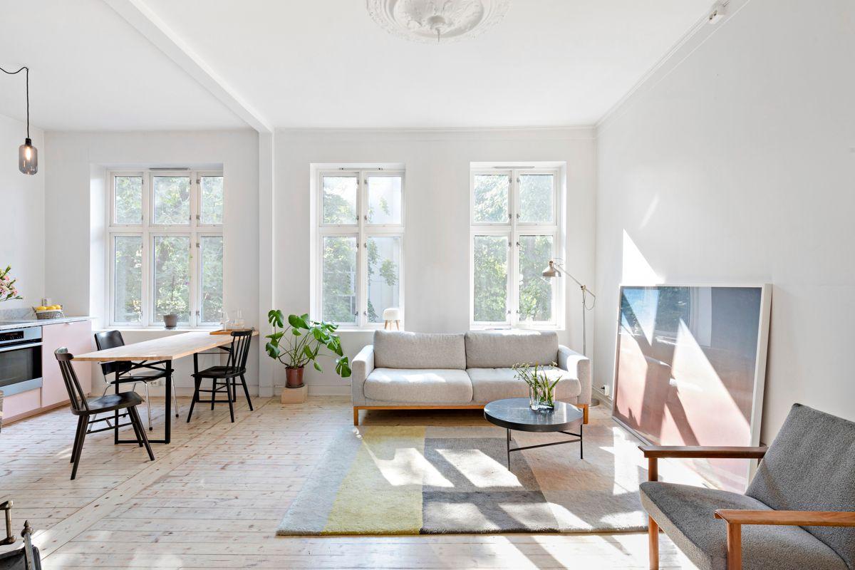 Reichweins gate 3 Dette er lys og fin 2-roms beliggende i 4. etasje, i et sentralt og samtidig tilbaketrukket område i Vika.