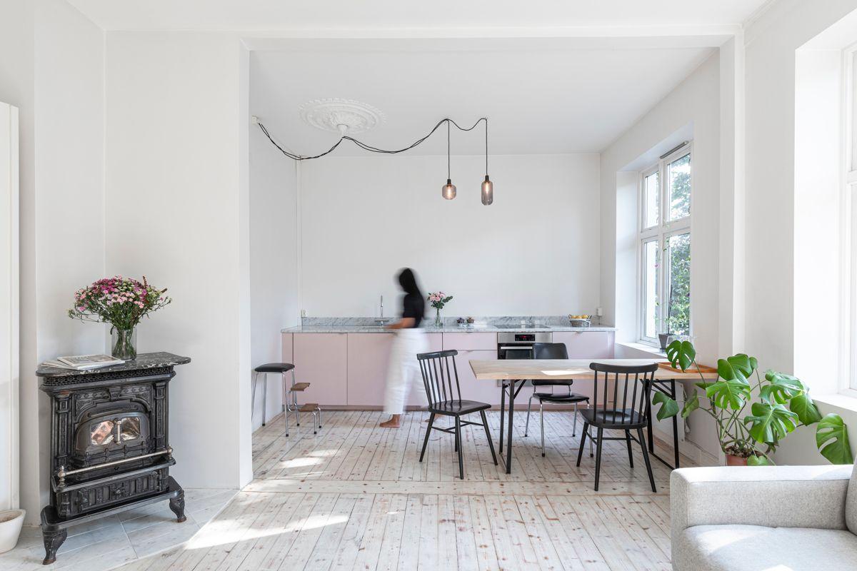 Reichweins gate 3 Kjerstin Falkum (tlf 922 04 707) hos Schala & Partners har gleden av å presentere denne herlige leiligheten i Reichweins gate 3!