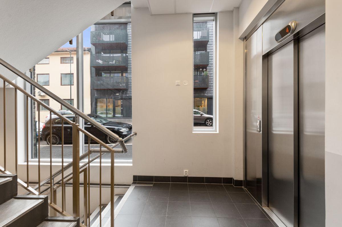 Malmøgata 2 - Heisadkomst til leiligheten -