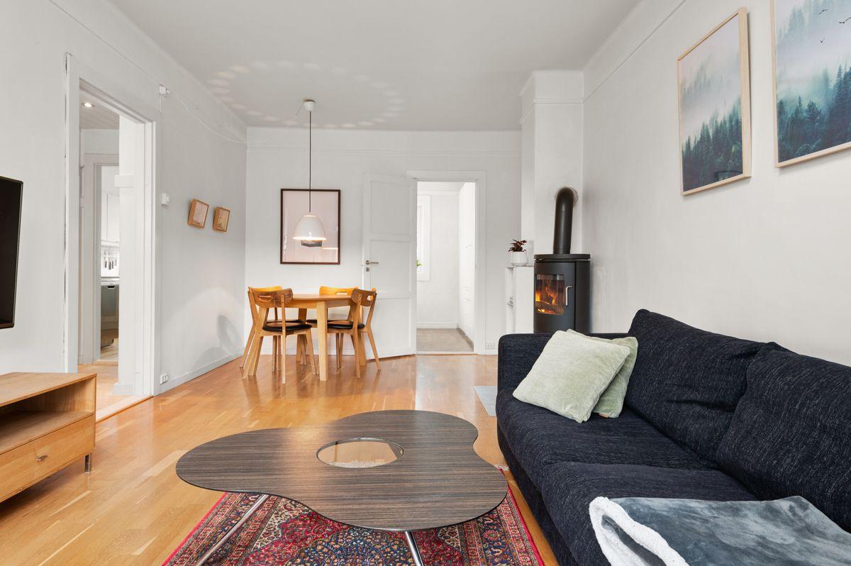 Telemarksvingen 4 - Leiligheten kan ombygges til 3-roms ved å flytte kjøkken inn i stue -