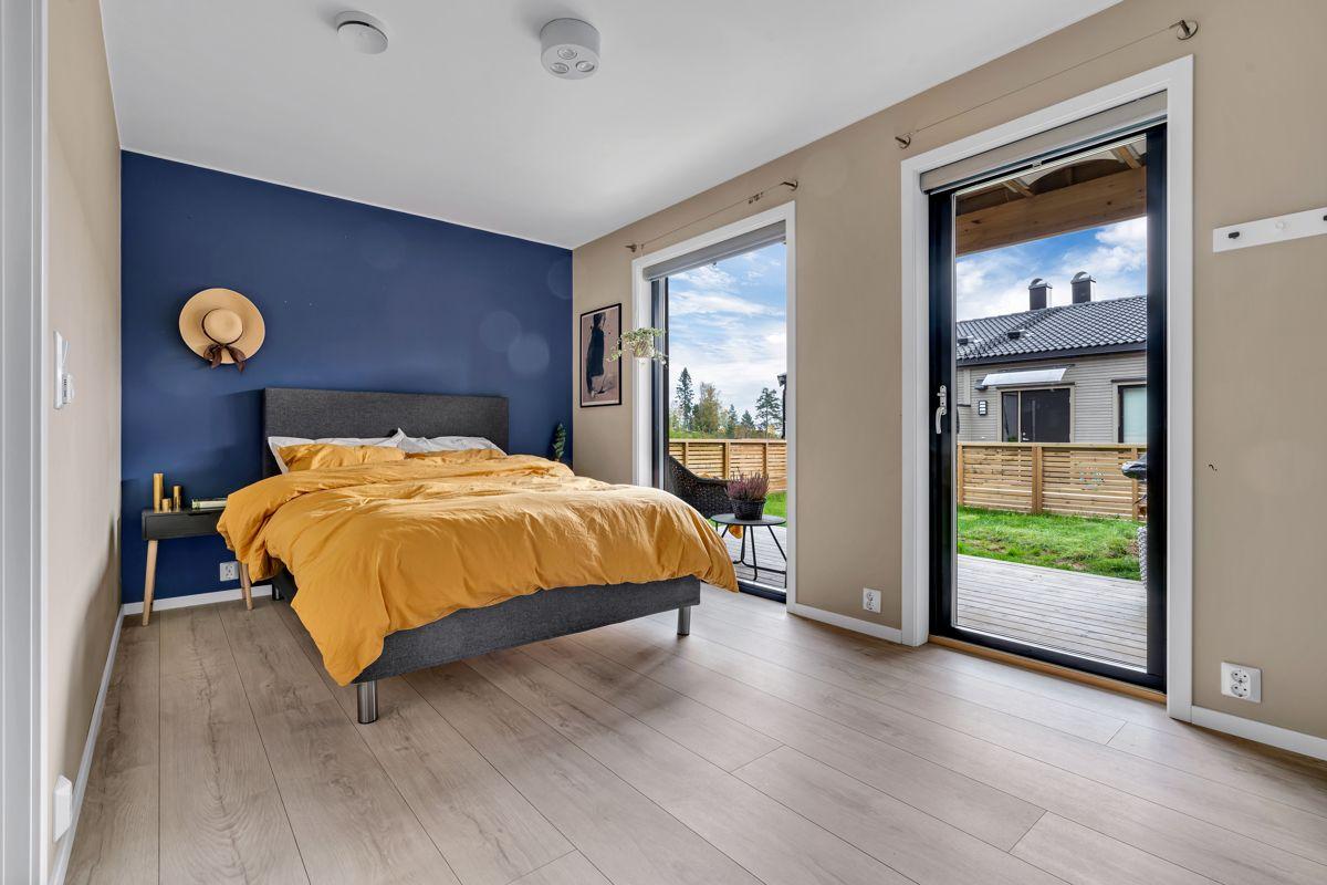 Hektnerhagan 164 Boligen har 3 soverom av gode størrelser og som har malte flater i smakfulle farger.