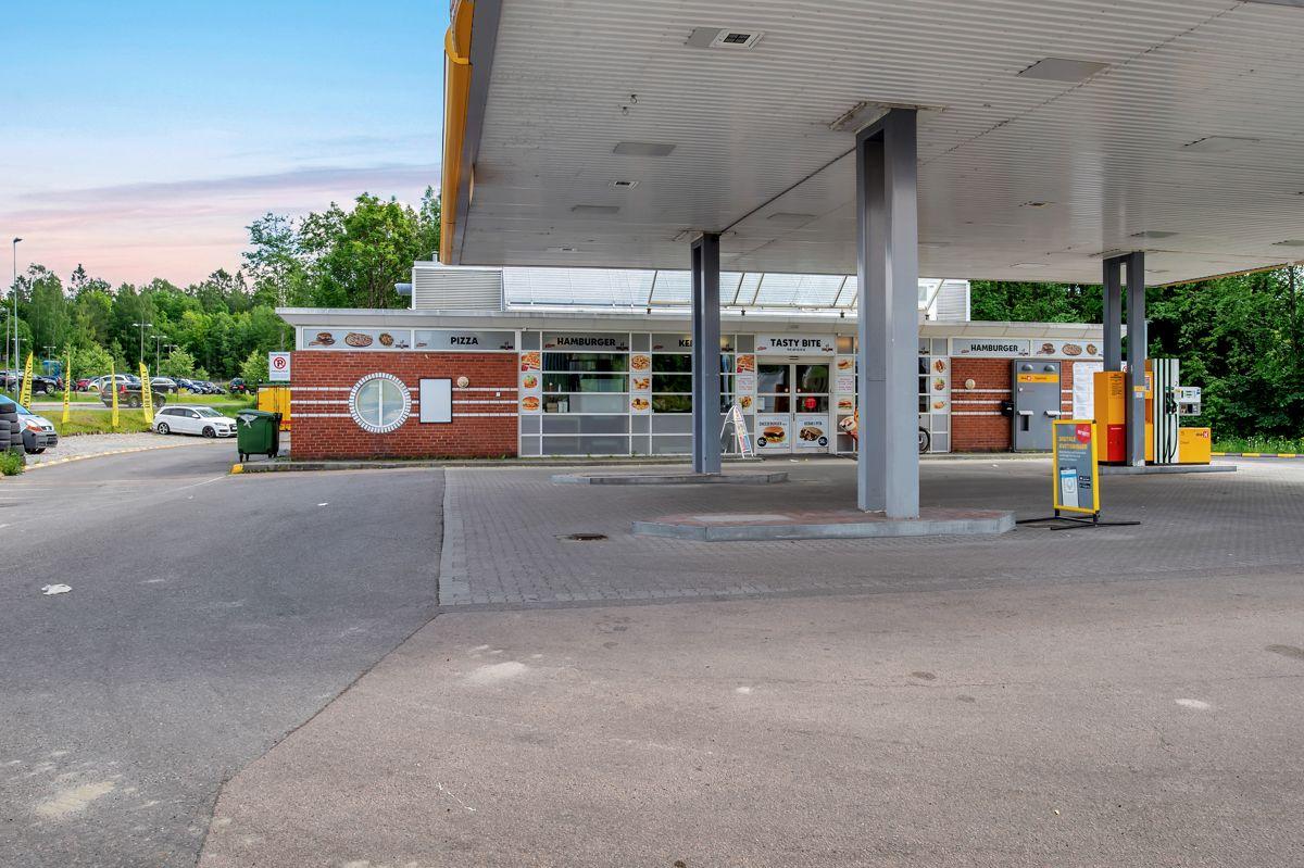 Gjønnesjordet 10 Dagens utforming av bensinstasjon