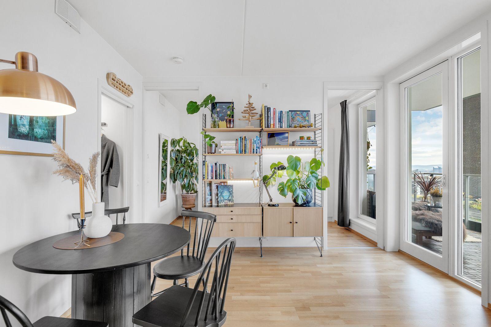 Hans Nielsen Hauges gate 37 F Stuen er av god størrelse og enkel å innrede etter ønske og behov.