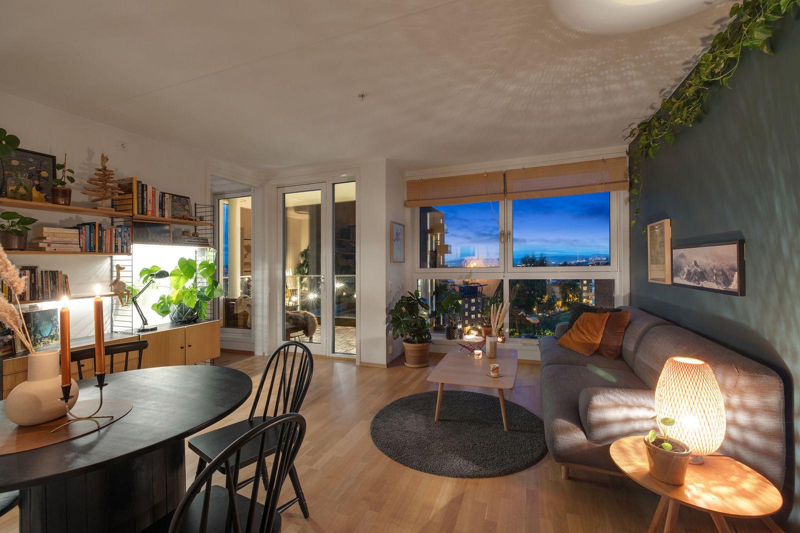 Hans Nielsen Hauges gate 37 F Leilighetens fantastiske utsikt kan enkelt nytes gjennom stuevinduene.