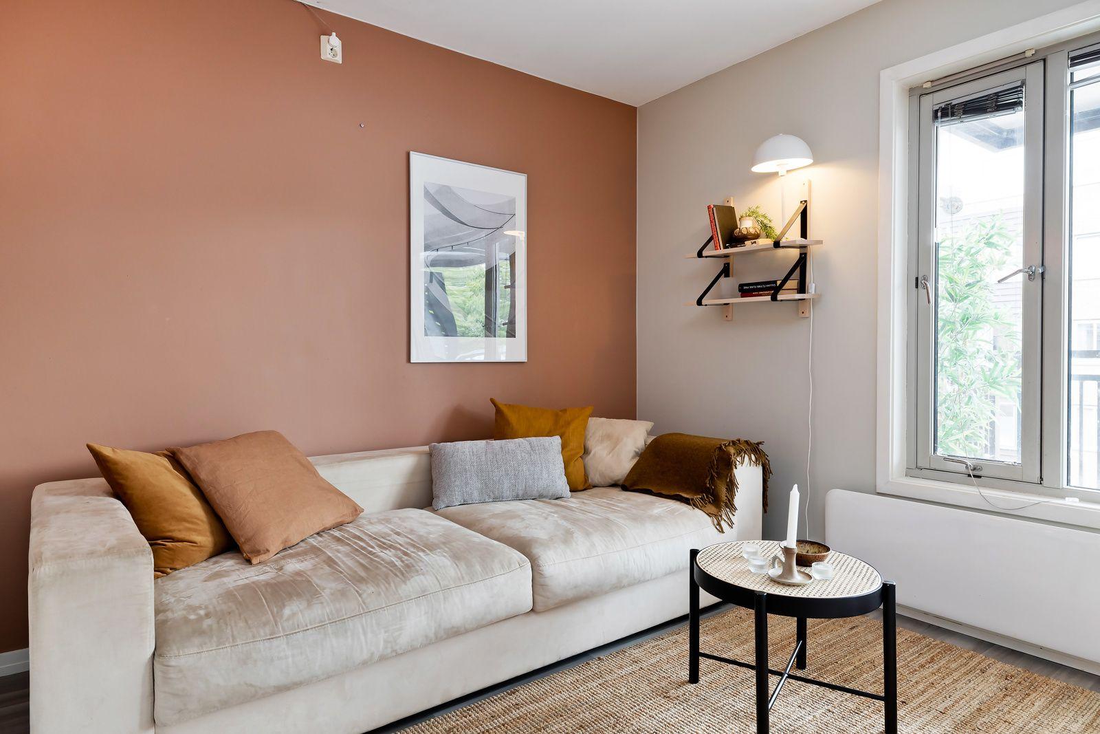 Ivan Bjørndals gate 20 I stuen får du fint plass til både spisebord og sofagruppe