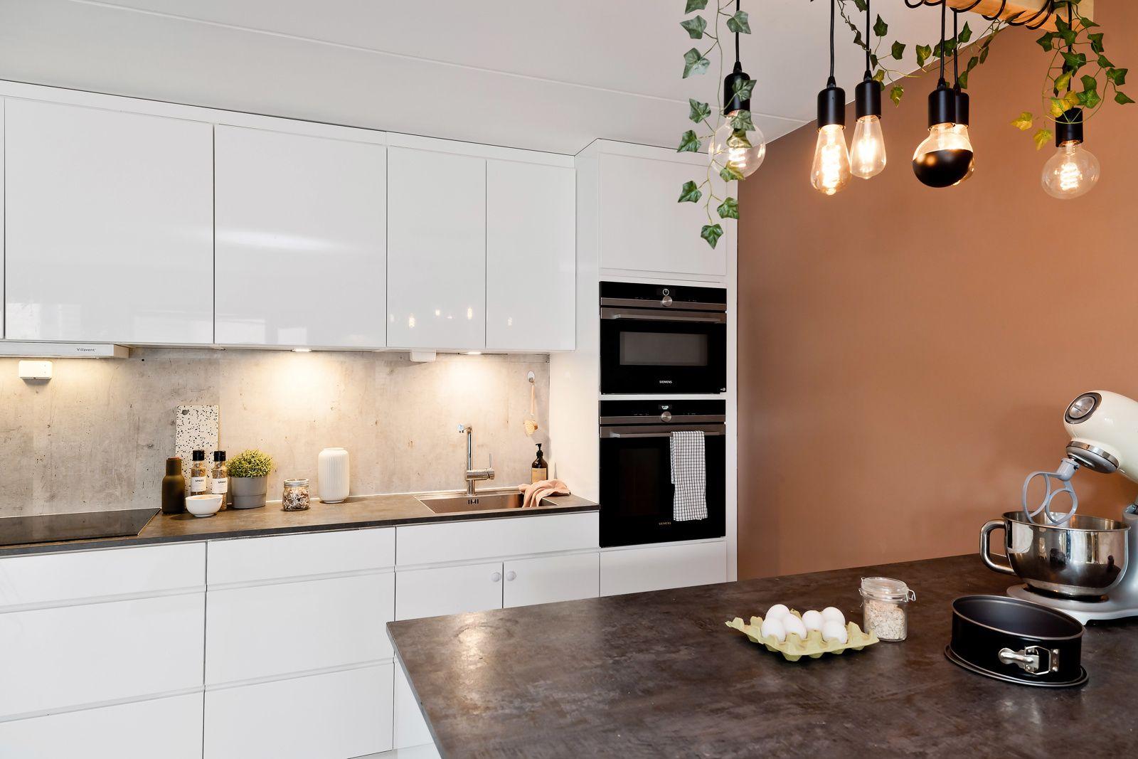 Ivan Bjørndals gate 20 Selger er glad i å tilberede mat, og kjøkkenet er tilpasset for nettopp denne lidenskapen