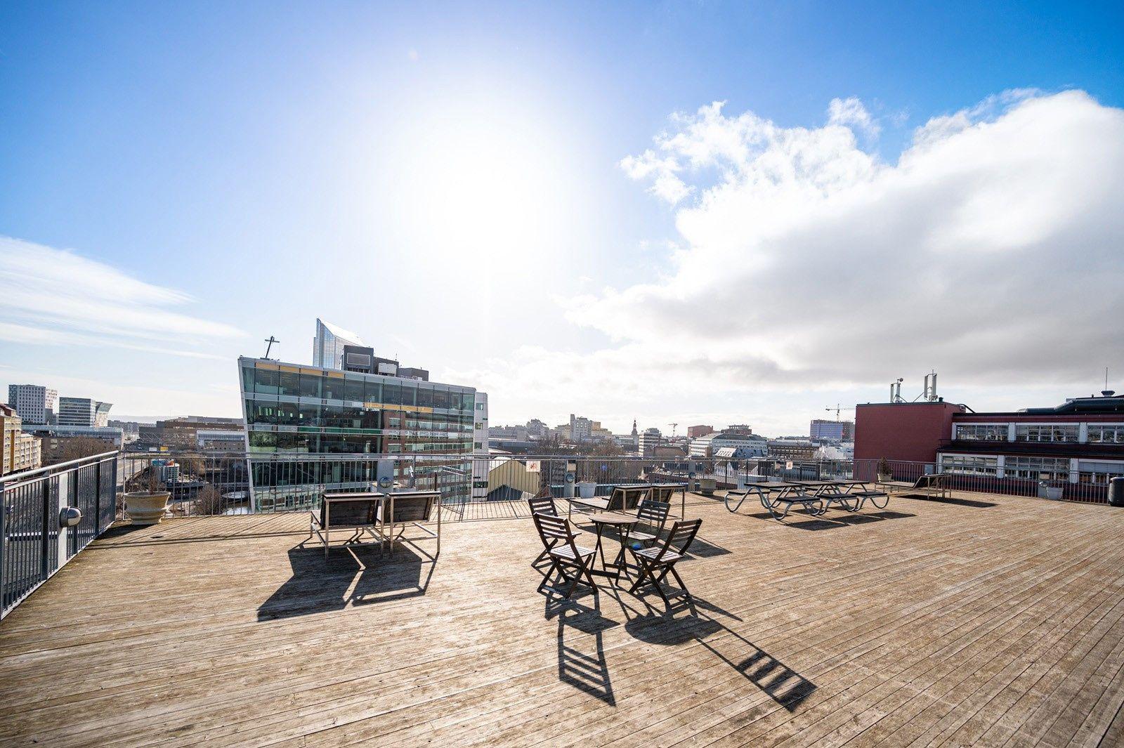 Christian Krohgs gate 30 Borettslaget har en av Oslos største felles takterrasser på 700 kvadrat med 360 grader utsikt over hele byen.