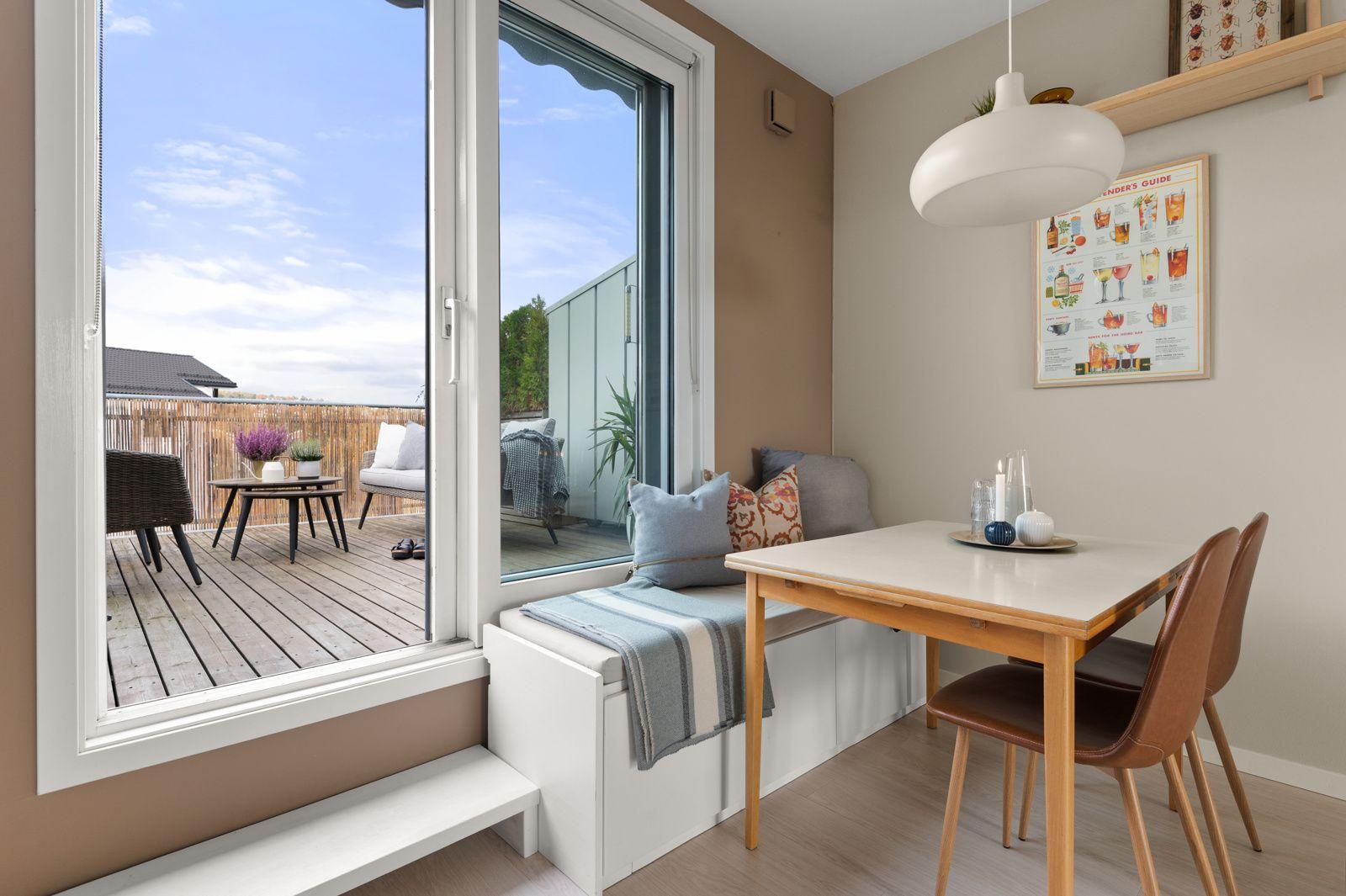 Bergensgata 36 G I boligens andre etasje og byggets toppetasje finner du fine og sosiale oppholdsrom med fantastiske uteplasser.