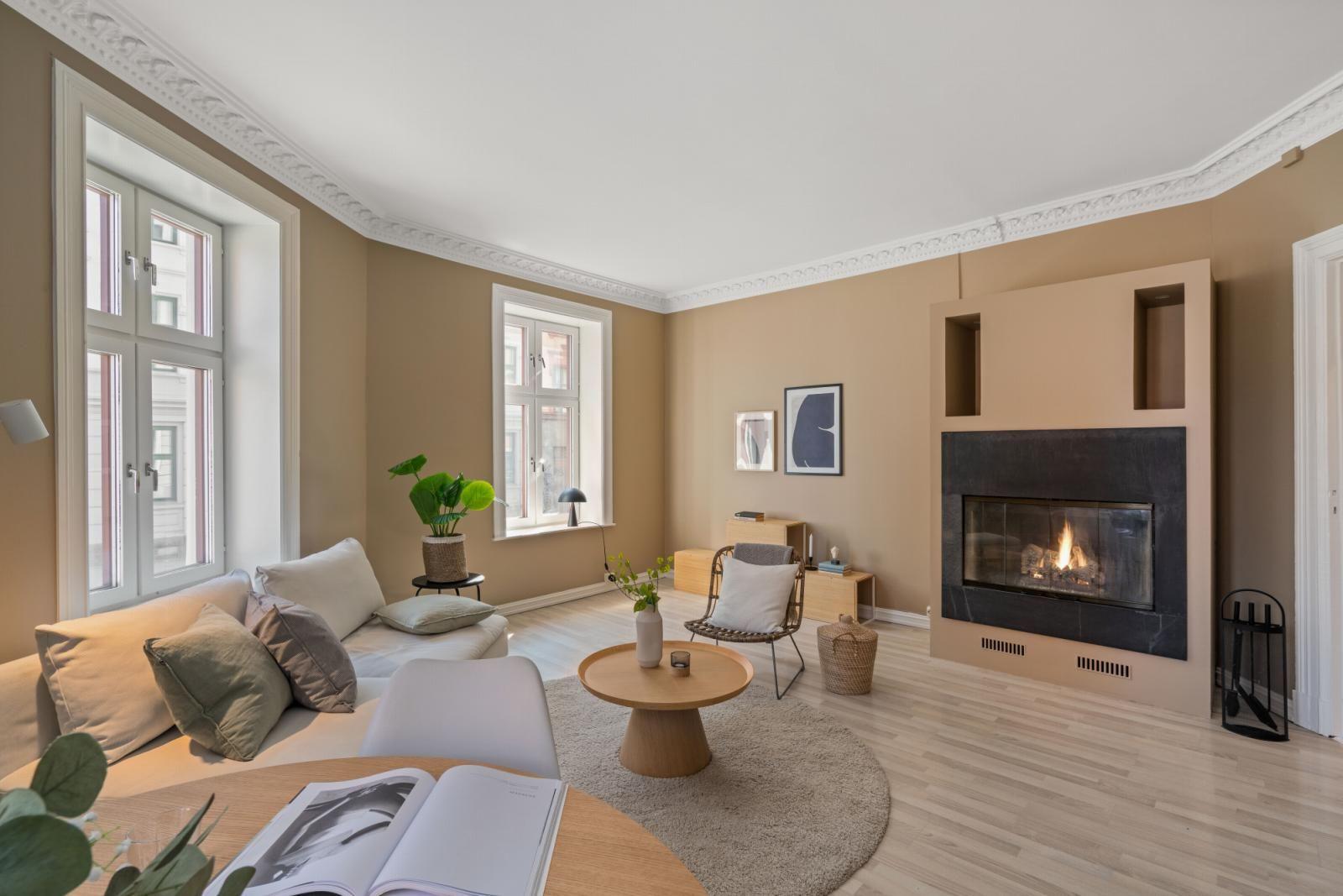 Sannergata 10 Steinar Hånes (95 77 10 33) ved Schala & Partners har gleden av å presentere denne leiligheten i Sannergata 10 A!