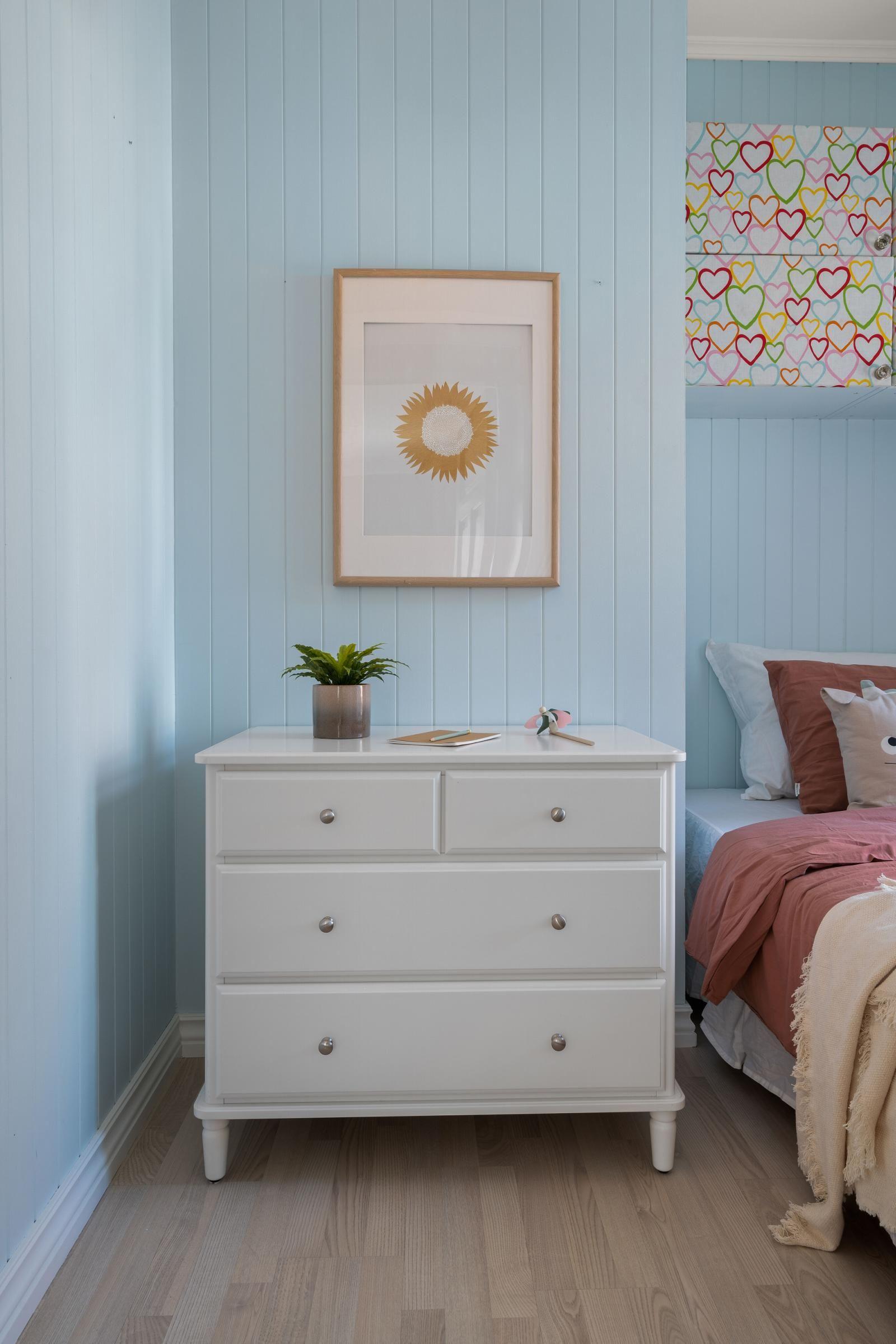 Sannergata 10 Soverom II: Plass til seng og garderobeskap