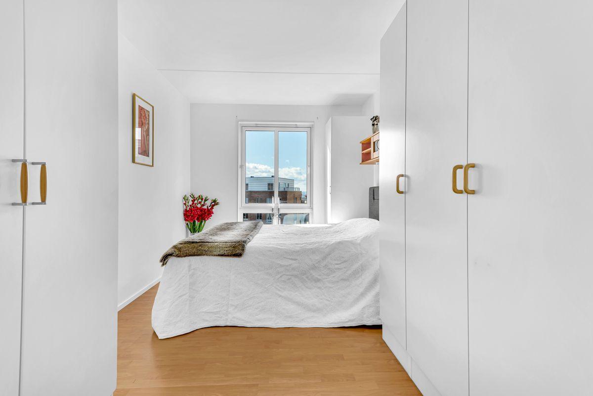 Etterstadkroken 7A Romslig soverom med god plass til både dobbeltseng og garderobe