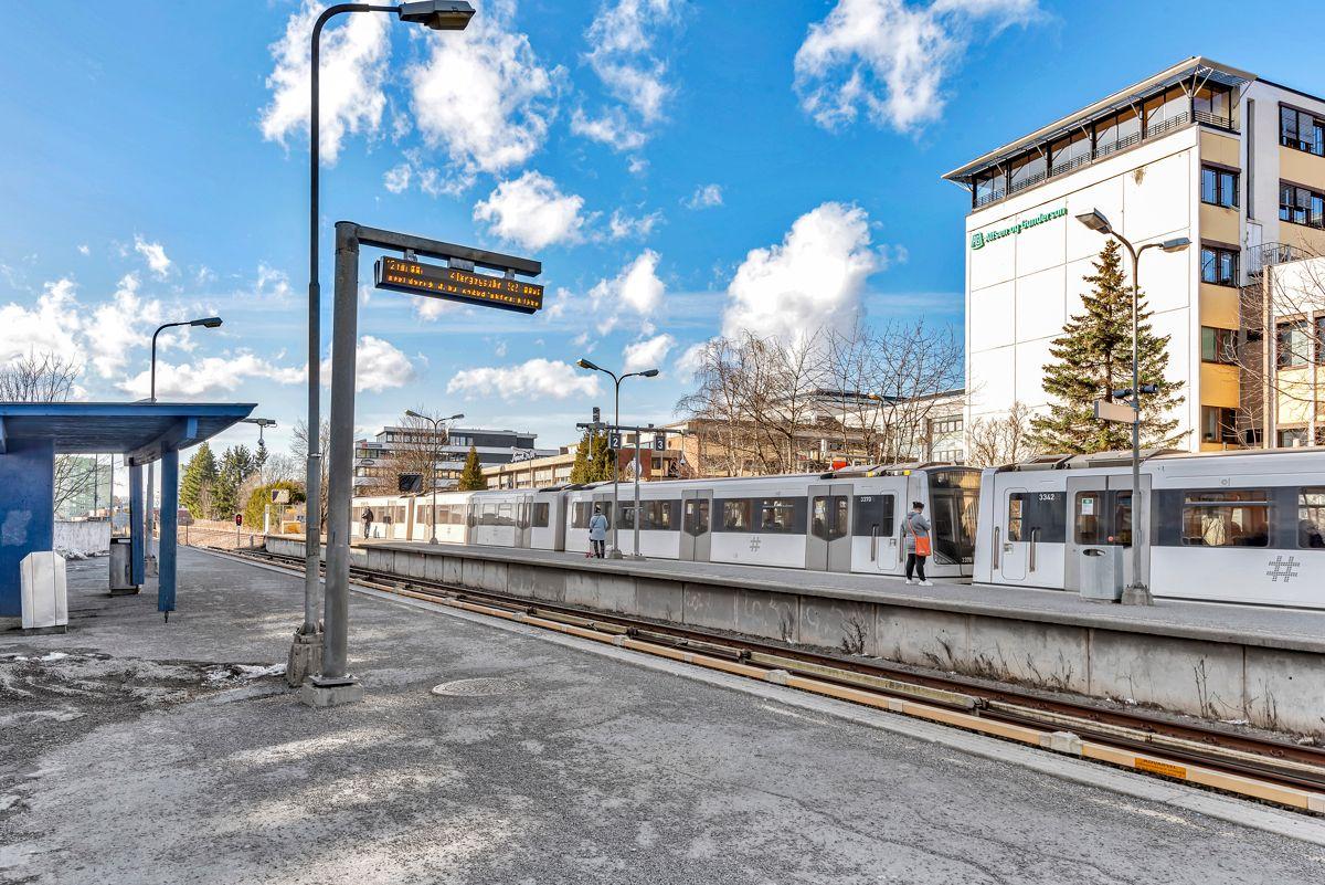 Etterstadkroken 7A Gode Tbane- og buss forbindelser.